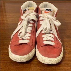 Nike Blazer Mid Vintage Sneaker 8.5